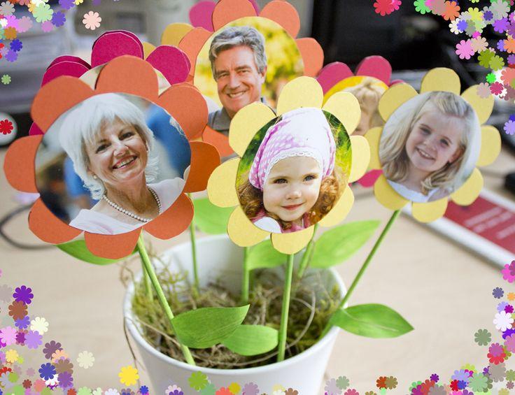 Gestalten Deine eigenen Fotoblumen. Eine tolle Geschenkidee. Hier einfach online Fotoaufkleber bestellen: http://www.onlinefotoservice.de/fotogeschenke/dekoration/geschenkaufkleber.html