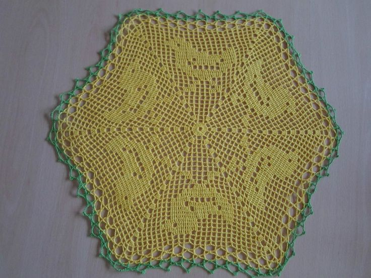 Handmade doilies (18 inch) (46cm) by Ela Mazek
