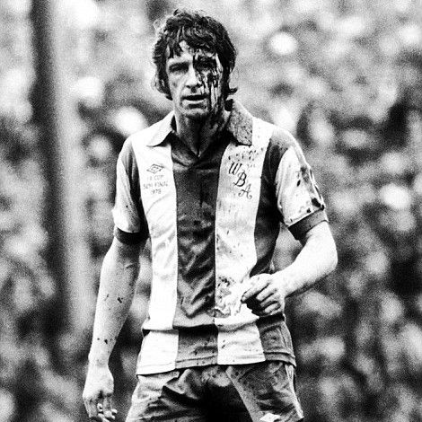 John Wile WBA '78 FA Cup semi final v Ipswich Town. How a 'real'  captain played the game!