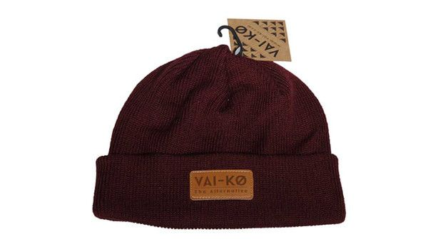 Kiva Beanie Burgundy. Merino wool beanie made in Finland.