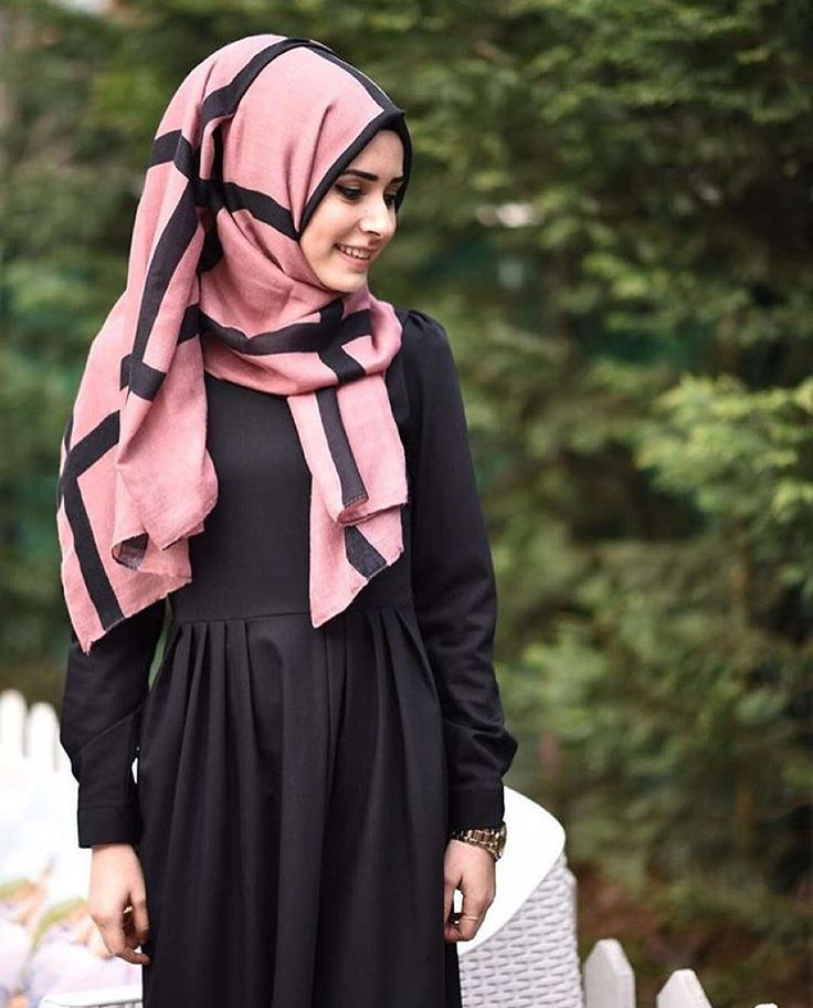 "629 Likes, 13 Comments - We Love Modest Fashion! (@butikgez) on Instagram: ""Bi elbiseniz olsun artik  @mor.fistan dan.."""