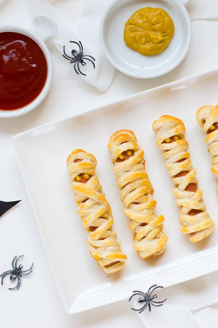 Preparados para Halloween? Estas Salchi momias además de deliciosas son muy fáciles de elaborar, a los más peques de la casa les encantarán