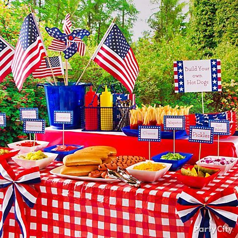 Love the decorations and the buffet but with sausage (don't like hot dogs)