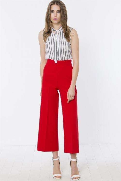 Yüksek Belli Bol Paçalı Pantolon - Fotoğraf