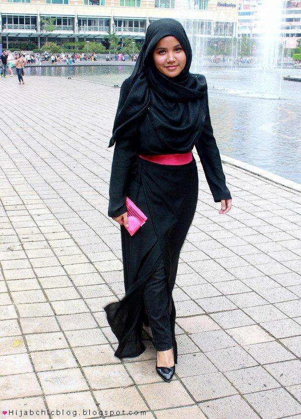 Fond of Black Abaya? Here is a magical trick ;)