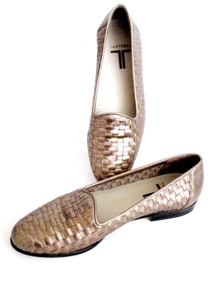 ef618a576de Trotters Womens Liz Slip on Flat Loafers Gold Basketweave Leather Size 6  1 2N