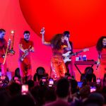 Solange leads crowd in throwback 'Proud Family' sing-along