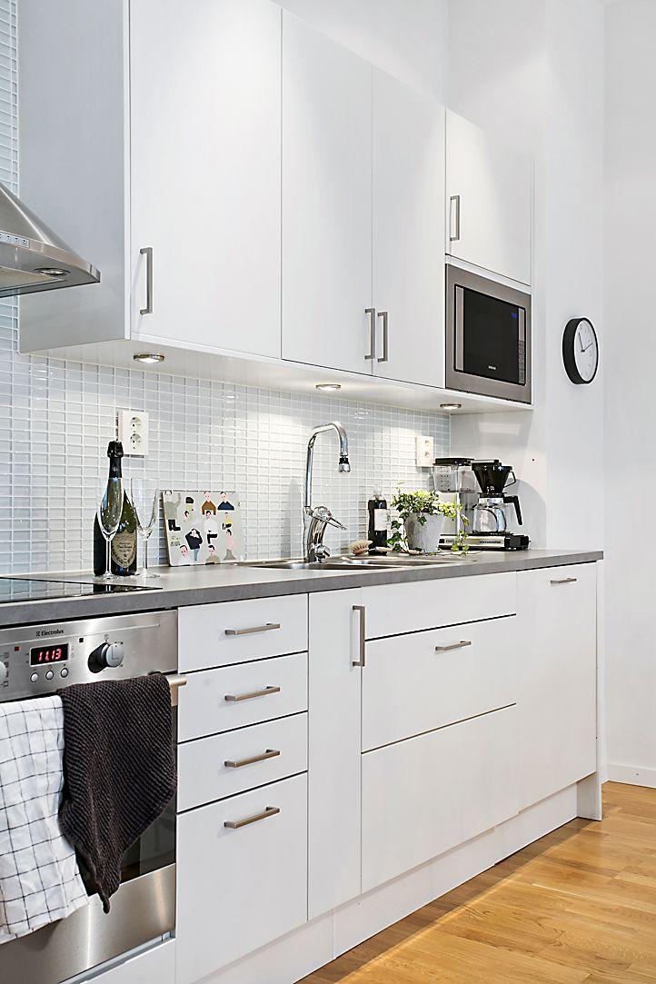 Kök i nyskick och integrerad diskmaskin