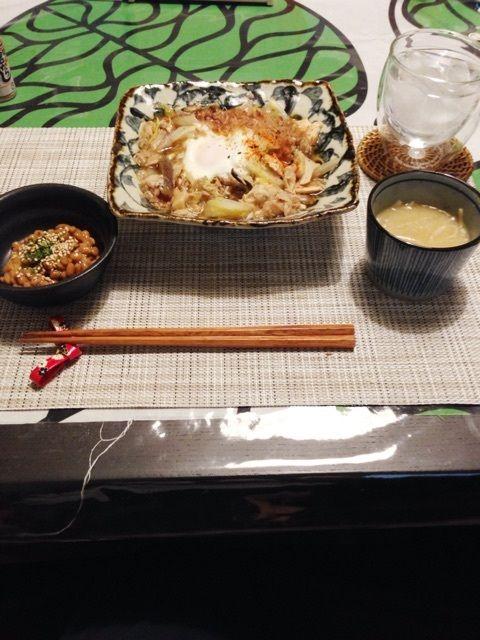 夕:白菜とシーチキンのめんつゆ煮(エリンギ・鶏ムネ肉少し・卵)めんつゆは少なめで薄味にしました。       納豆       お味噌汁
