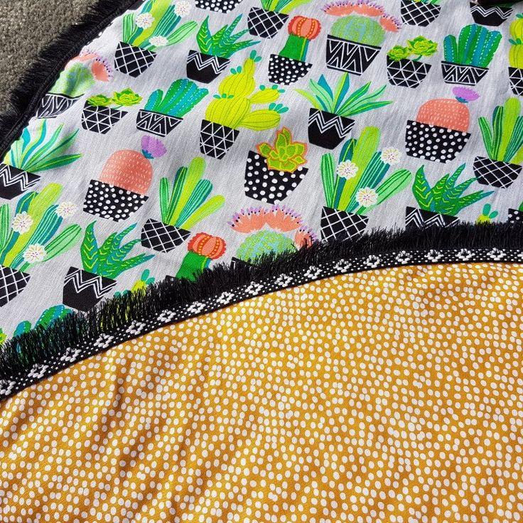 New reversible cactus and polka dot playmat