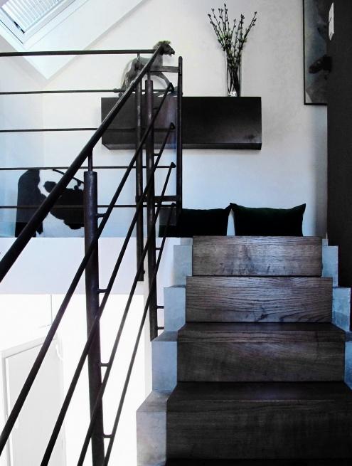 Treppe Beton mit Holzüberzug