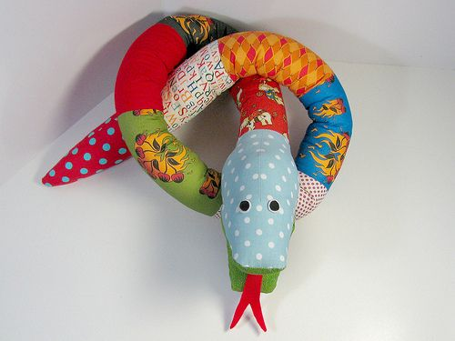 How-to-Sew Silly Scrap Snake stuffed animal photo tutorial from Funky Friends Factory.