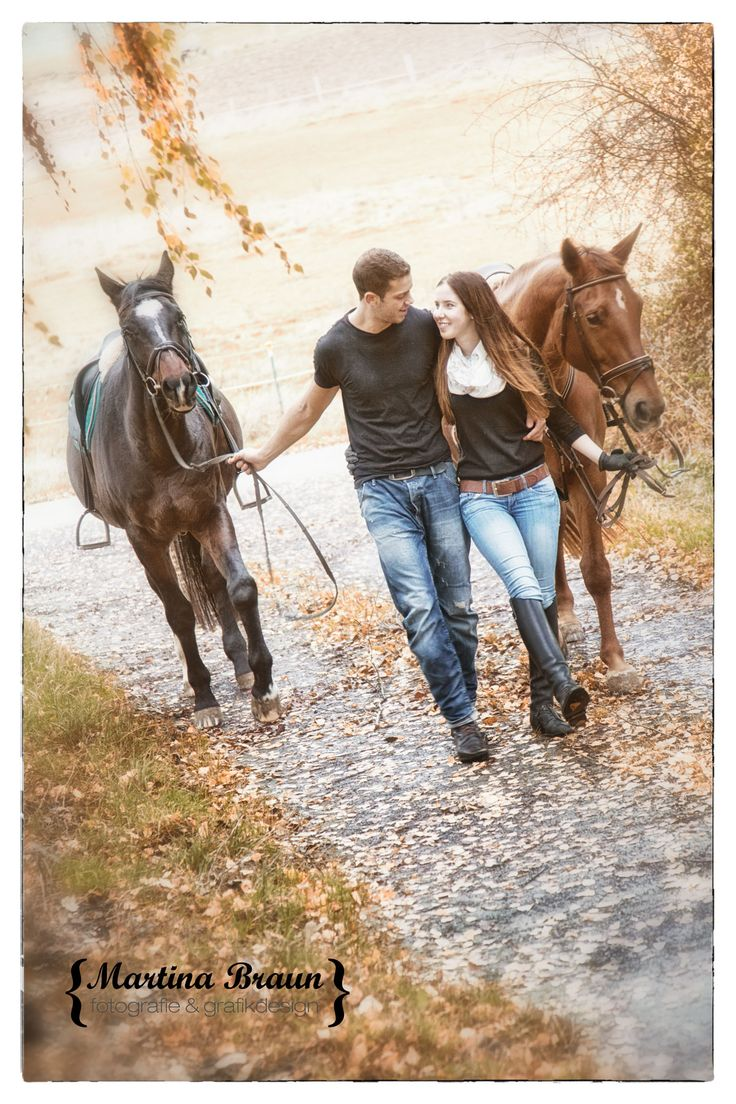 love, horses and a cute couple   outddor shoot   engegament
