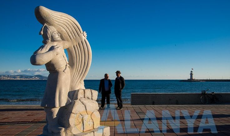 Скульптуры из камня 3 декабря 2015 года состоялось торжественное закрытие XII Международного Симпозиума каменной скульптуры. #Alanya #Аланья #информация #культура #искусство #симпозиум #каменная #скульптура #закрытие #фото