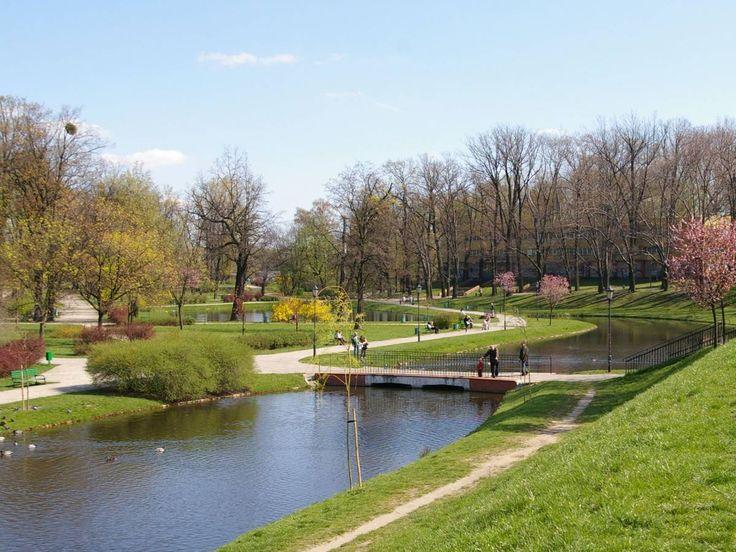 Park Hellenów, Łódź/ city in Poland  #travel #city #park