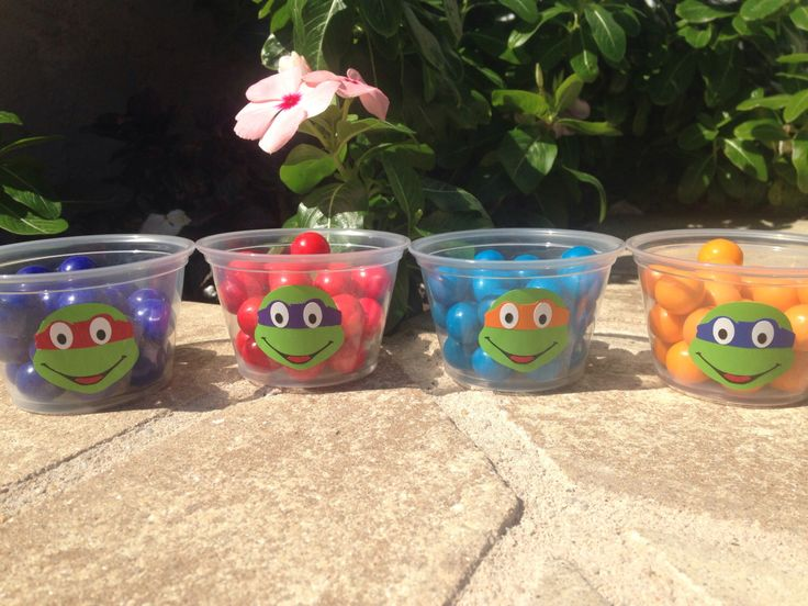 25 Teenage Mutant Ninja Turtle Snack Cups-4 oz. by TooCutePersonalized on Etsy https://www.etsy.com/listing/203899073/25-teenage-mutant-ninja-turtle-snack