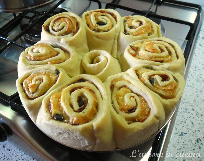 torta delle rose salata