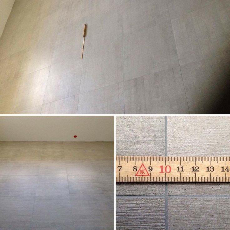 Juli er over og hverdagen er tilbake... Vi har lagt et gulv med 60x60 fliser og 1mm fuge. Du ser nesten ikke fugen. Flisen heter #Vitra uptown Fogen #PCI nanofug premium sementgrå - Flislimmet #Schönox TT flex dur - #flottebad #flottefliser #pci #schönoxttflex #flis #fliser #tile #tiles #baderom #baderommet #bathroom #bathrooms #interior #interiör #interiør #arkitekt #flislegger #håndverker #tiler #instainterior #skandinaviskehjem #minimalistisk #interiordesign #interior4you #interior123…