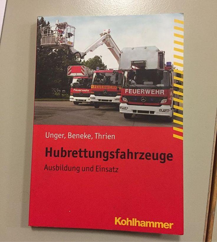 Gefällt uns!  Beginn der Drehleiterausbildung am Standort #drehleiter  #dlk  #feuerwehr  #ffw  #mm  #freiwilligefeuerwehr  #kohlhammer  #verlag  #ausbildung  #trainee