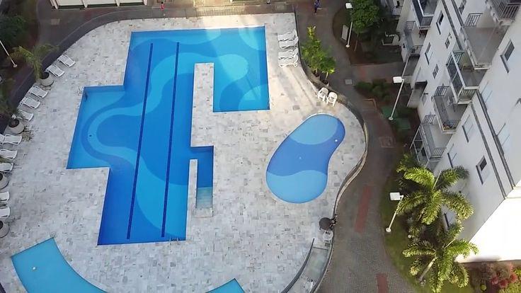 Vendo Apartamento em Santos, 3 dormitórios 1 suíte, 1 garagem, piscina, quadra de esportes, 2 salões de festa, portaria 24hrs,