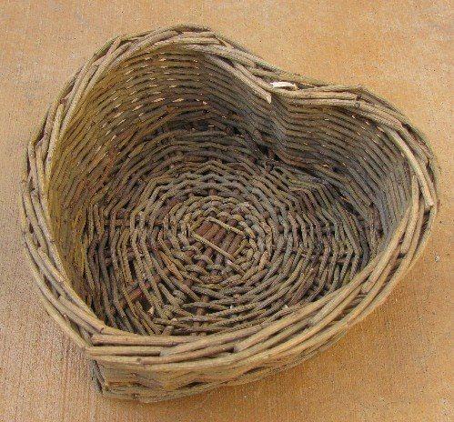 Willow Heart Basket