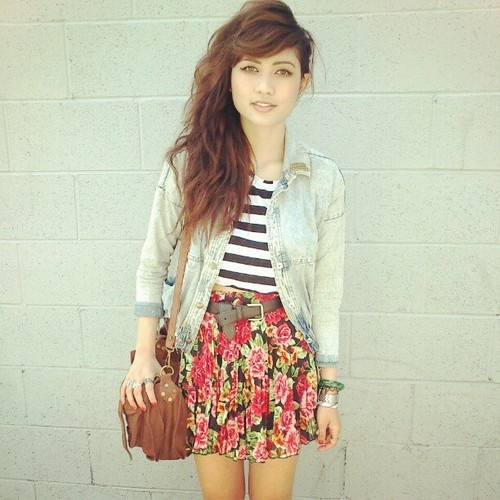 floral: Outfits Skirts, Dreams Closet, Style 3, Clothesfashionhairthat Kinda, Floral Stripes, Dreams Wardrobes, Skirts Denim, Clothing Fashion Hair That, My Style