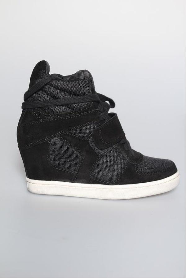 Hetaste sneakersen just nu - dessa från ASH.
