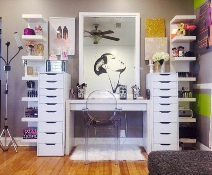 les 134 meilleures images du tableau d co une coiffeuse sur pinterest coiffeur id es d co. Black Bedroom Furniture Sets. Home Design Ideas