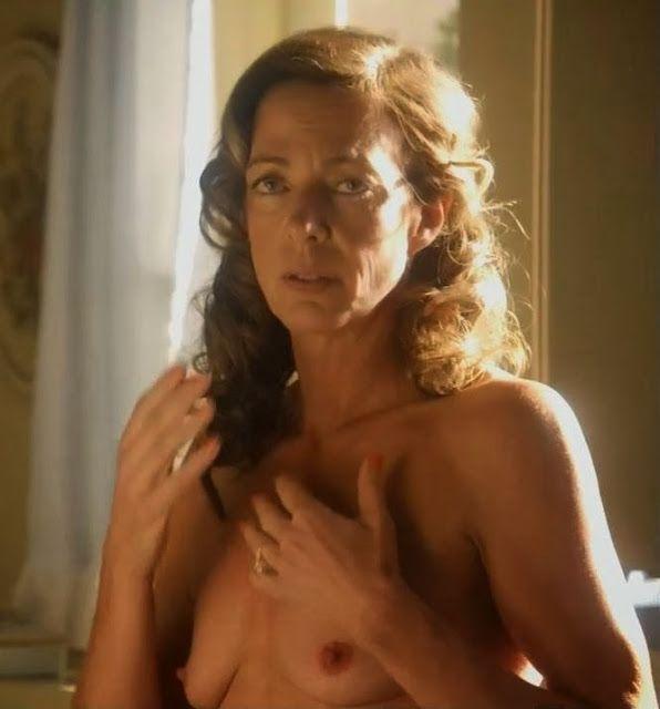 Celebrity Nude Century: 10 Rare Nudes #6 (Olivia Munn, Elizabeth Montgomery, Fergie...)
