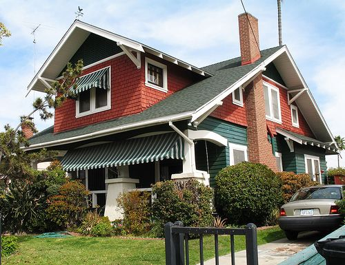 231 best images about craftsman style bungalows on for Bungalow roof styles