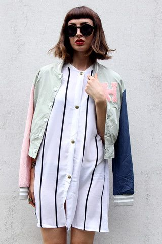 Check out this oversize fit stripey shirt dress, perfect for lazy days and combining with a cool varsity jacket! ONLINE NOW AT AZTRAL!
