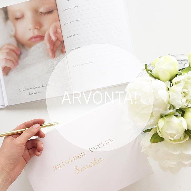 ARVONTA! Yhteistyössä @linnolahtiphotography :n kanssa laitetaan postipojan matkaan yksi Suloinen tarina sinusta vauvakirja✨ Juuri ilmestynyt toinen painos on entistä kauniimpi ja monipuolisempi, kauttaaltaan vaaleansävyinen kirja vauvamuistoille. Ensimmäiset kirjan ennakkotilanneet asiakkaani ovat tänään saaneet omat pakettinsa ja on ollut ihana kuulla, että kirja on ollut mieluinen teille ❤️ • • • Jos sinulta kirja vielä puuttuu tai haluaisit lahjoittaa sellaisen ystävällesi, osallistu…