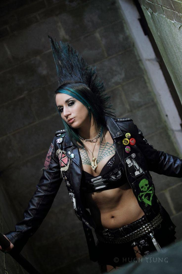 Christina Von Eerie