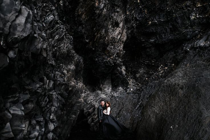 A throughout fearless couple embracing their cosmic love with a truly personal elopement in Iceland.