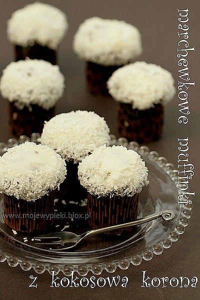 Marchewkowe muffinki z serowo - kokosową koroną