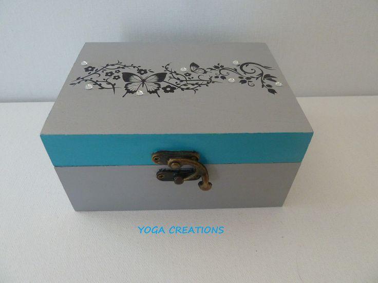 Boite à bijoux en bois gris/bleu : Presentoir, boîtes par yogacreations
