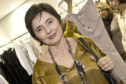 Fashion Rio vai homenagear a estilista Clô Orozco - http://colunas.revistaepoca.globo.com/brunoastuto/2013/04/02/fashion-rio-vai-homenagear-a-estilista-clo-orozco/   (Foto: Reprodução)