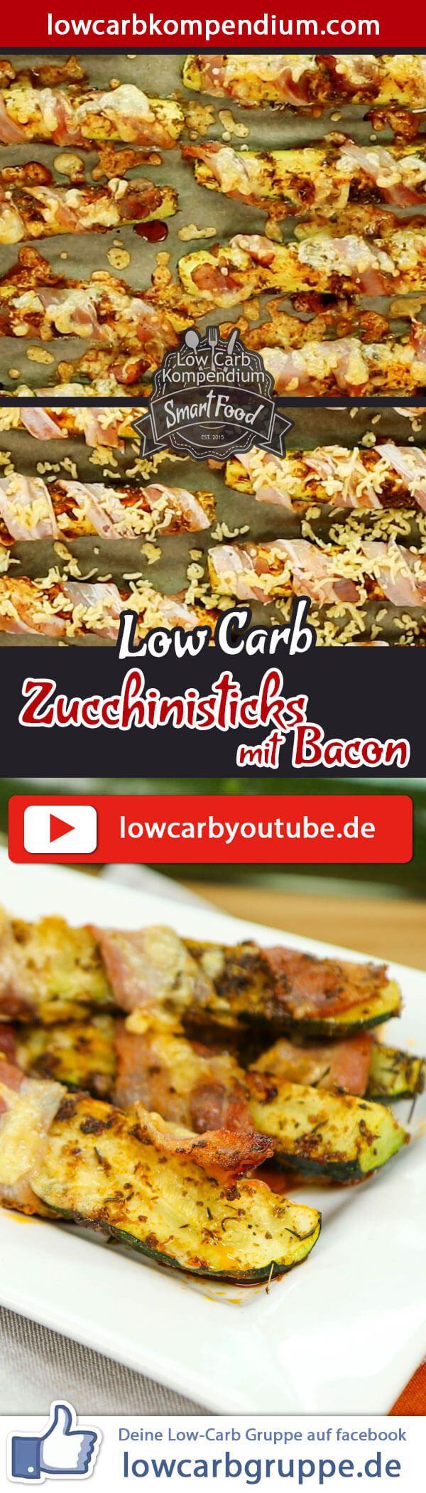 Low-Carb Zucchinisticks mit Bacon - herzhaft-würziger Snack & Fingerfood. Ein weiteres richtig leckeres Low-Carb Fingerfood steht heute für dich auf dem Plan :) Diese Zucchinisticks sind mit Bacon umwickelt, mit geriebenen Käse bestreut und im Ofen herrlich goldbraun gebacken. Besser geht es doch schon fast nicht mehr, oder? Die Low-Carb Zucchinisticks mit Bacon sind wunderbar herzhaft-würzig, toll als Snack oder auf dem Party-Büffet. Wer möchte, kann die natürlich auch als Hauptmahlzeit ve