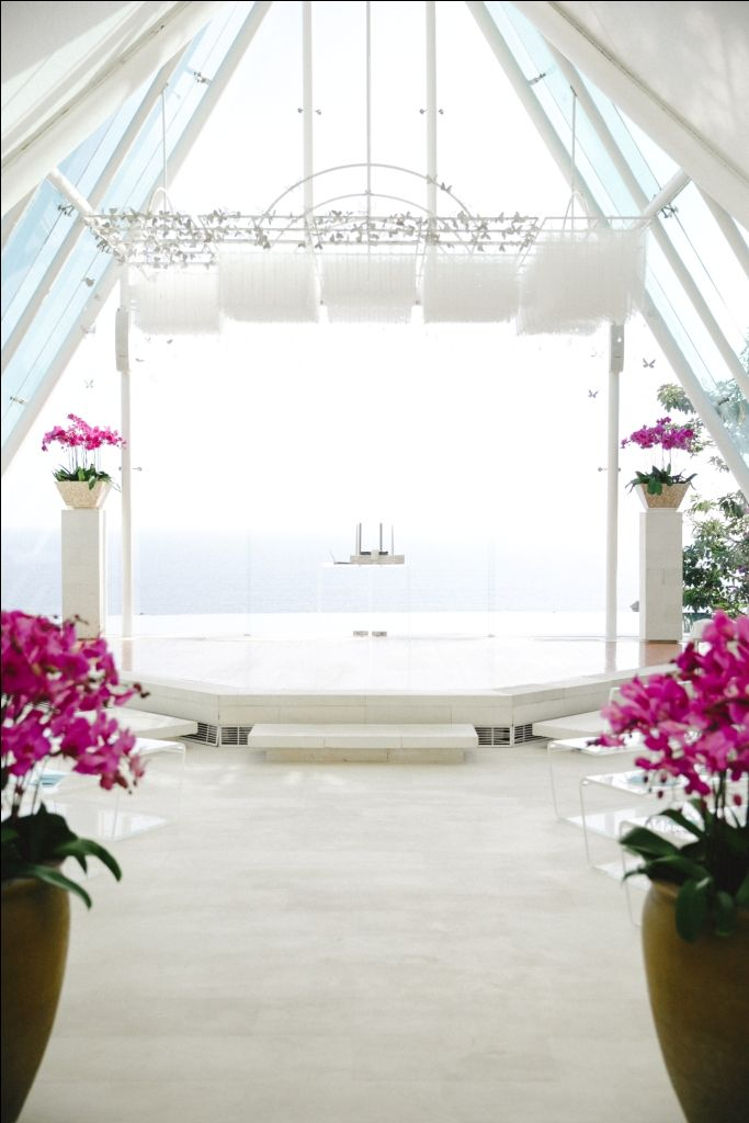 Chapel adorned with fuchsia pink Orchid