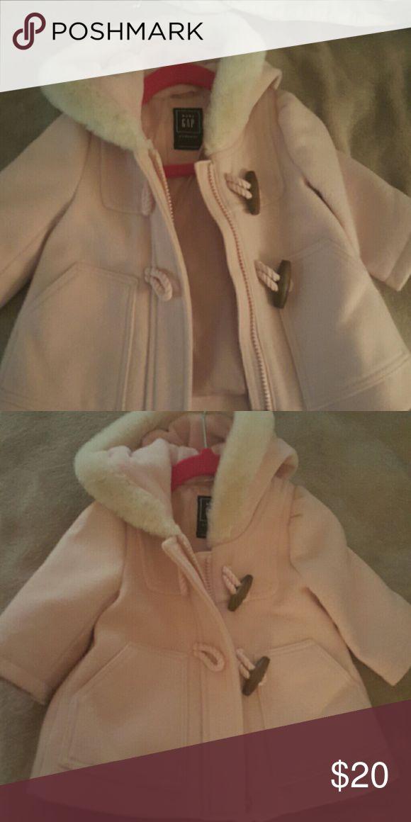 Baby girl gap coat Pink baby girl gap coat, nwot size 0-6 months GAP Jackets & Coats Pea Coats