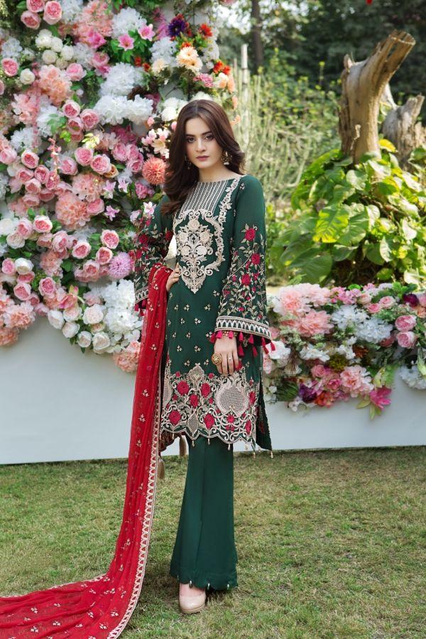 76dcc4cc7c Imrozia Lawn Collection 2018 | PK Vogue #pakistan #pakistanifashion  #summerdress #chic #Pakistanidress #pakistanimodels