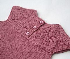 Ravelry: Sweetheart (Kjærlighet på pinne) pattern by Tora Frøseth Design (fingering weight)