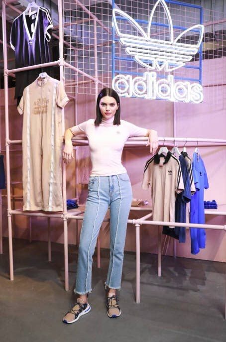 4 2 18  Kendall attends the Adidas Originals Arkyn event in Shanghai ... c3cd9df2b60