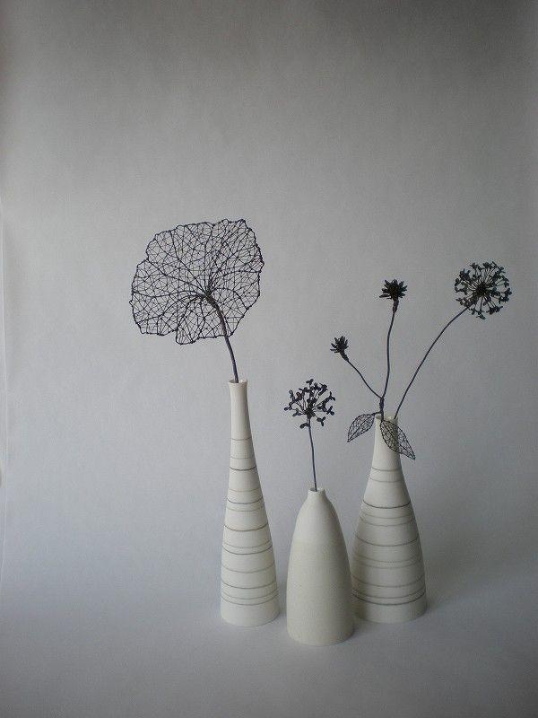 花器とワイヤーアート