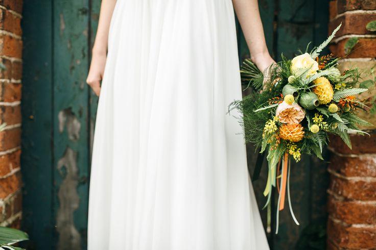Autumnal Wedding Bouquet - www.theflowermilldraaycott.co.uk