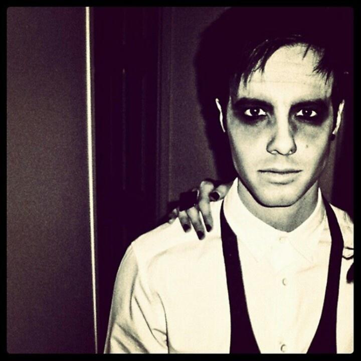 Travis Garland as a Zombie Groom <3