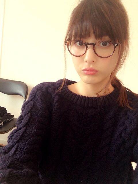 佐藤ありさ眼鏡
