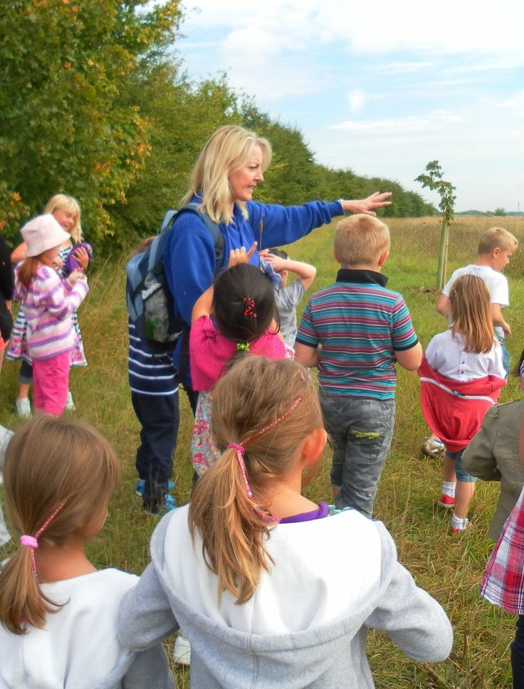 Exploring Calcot's meadow grassland and woods on wild walks and den making trips out into the grounds #ForestSchool http://www.calcotmanor.co.uk/for-families/