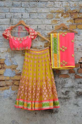 Awesome #Lehenga / #Ghagra Ensemble by Amrita Thakur https://www.facebook.com/pages/Amrita-Thakur/112558018840657 ~