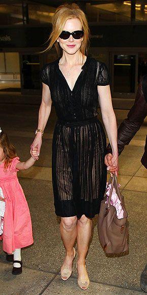 cute dressKitten Heels, Nicole Kidman, Knits Black, Flirty Black, Black Dresses, Cute Dresses, Kittens Heels, Dresses Lists, Nude Kittens